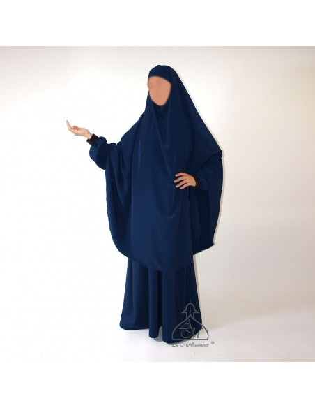 Long dress and khimar