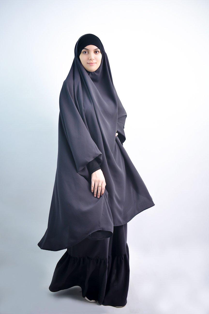 Jilbab Al Baida gathers